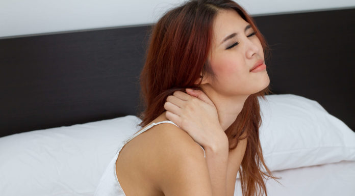 common causes of upper back pain