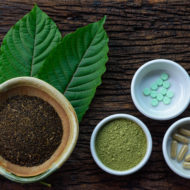 Kratom for Chronic Pain: Is It Effective and Legal?