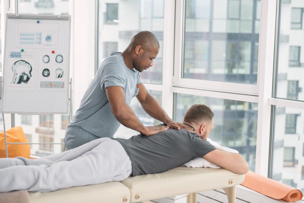 massage therapist pain treatment