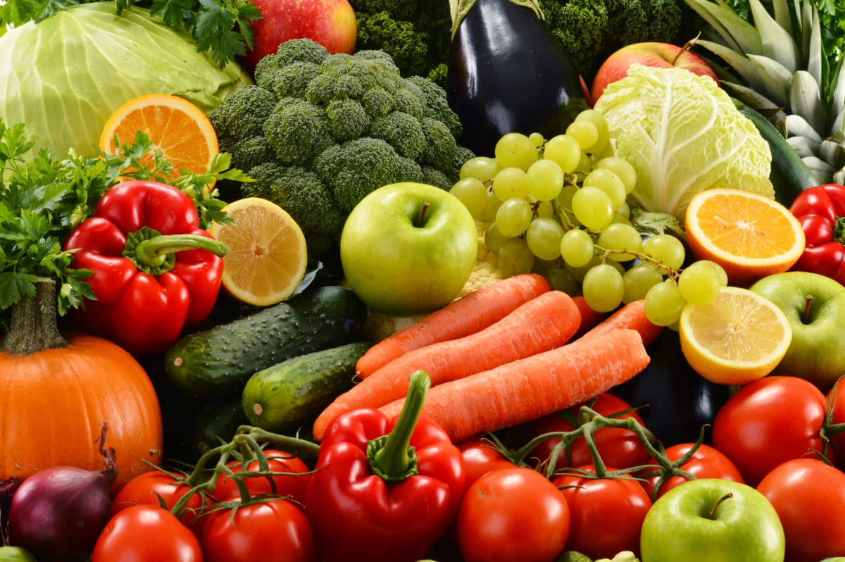 foods that fight rheumatoid arthritis colorful fruits and vegetables