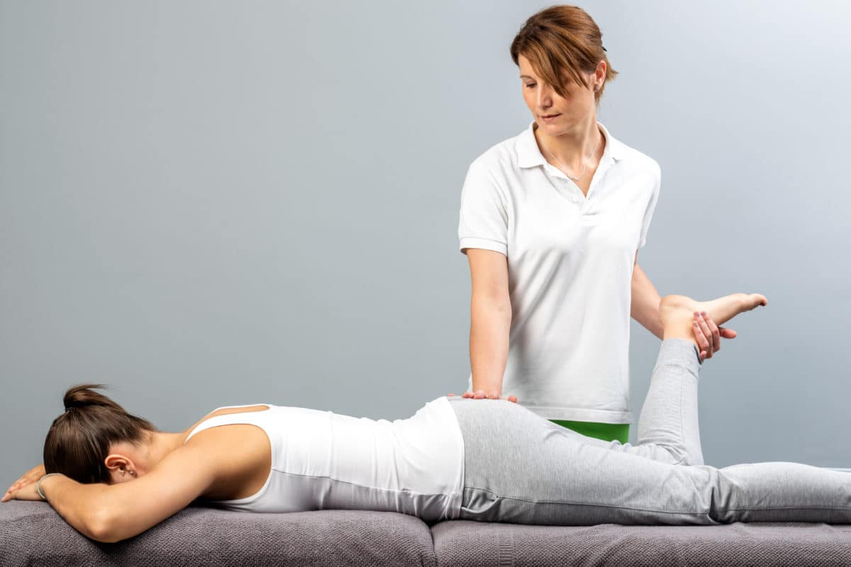 woman getting physical therapy for sciatica