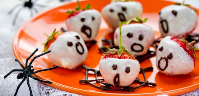 strawberries, chocolate, Halloween, Strawberry Ghosts
